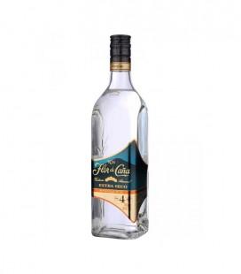 Rum Flor de Caña Extra Seco 4