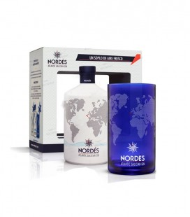 Gin Nordés with glass
