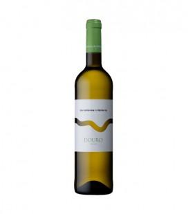 Lavradores de Feitoria White Wine